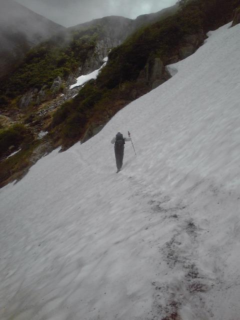 【駒ケ岳登山情報】雪渓にご注意ください!!